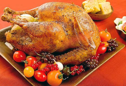 El pavo relleno es una tradición anglosajona que se ha incorporado a nuestras mesas de Navidad.