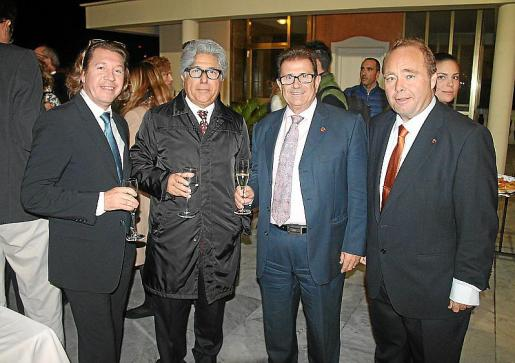 Joan Toni Fluxà, Llorenç Fluxà, Llorenç Huguet y Onofre Martorell.