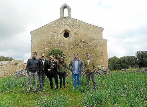 Las autoridades locales e insulares visitaron el monasterio de Artà para analizar su estado.