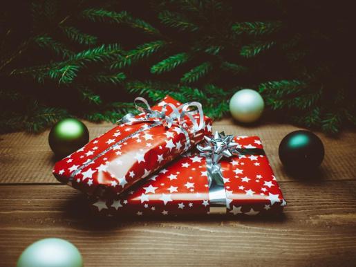 La compra online es una forma de hacerse con los regalos de Navidad.