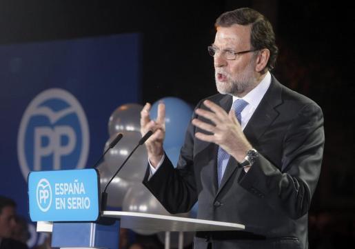 El presidente del Gobierno y candidato a la reelección por el PP, Mariano Rajoy, durante el mitin celebrado en Alicante.