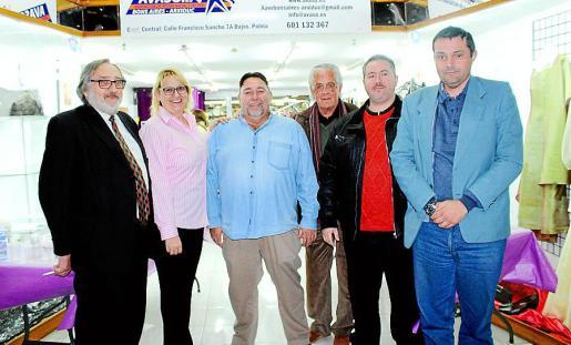 Josep Maria Mulet, Dora Cheillada, Miguel Ángel Colom, Vicente Martínez, Carlos Ramírez y Tomás Rubio.