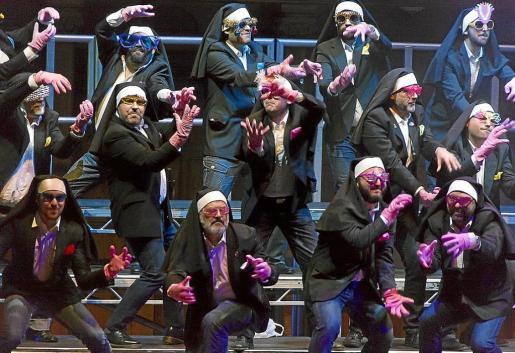 El Mallorca Gay Men's Chorus, durante una de las actuaciones que se recoge en este documental.