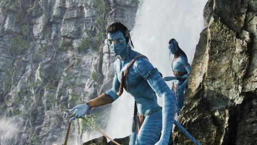 Los actores Sam Worthington (i) (Jake) y Laz Alonso (d) (Tsuítey ), en una escena de 'Avatar'.