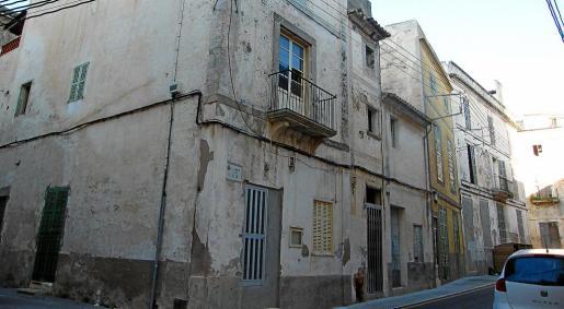 El Ajuntament de Felanitx ya había entablado conversaciones con los propietarios de esta manzana de casas para su adquisición.