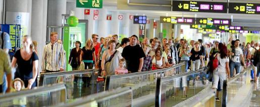 Se prevé que el sector turístico vuelva a batir récords en 2016.