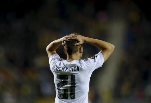 El futbolista del Real Madrid Denis Cherychev durante el partido de Copa del Rey ante el Cádiz que ha supuesto la expulsión del equipo blanco de la competición por alineación indebida del jugador ruso.