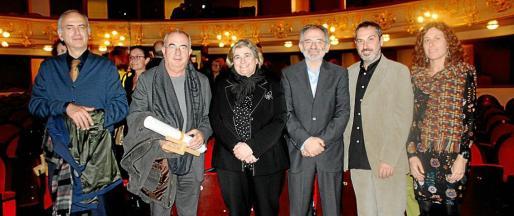 Carlos Amengual, Tòfol Soler, Esperança Camps, el presidente de la OCB, Jaume Mateu; Rafel Creus y Marta Fluxà.