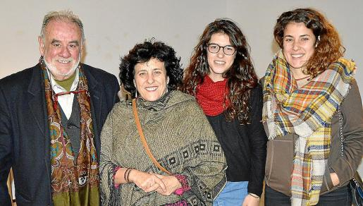 Arturo Daussà, Cati Bestard, Esperança Pons y Aina Sastre.