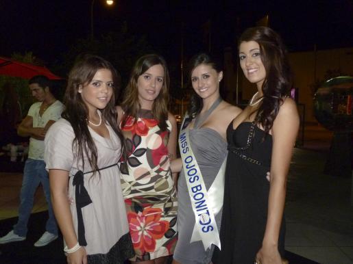 Naomi Martín, Laura Navarro, Joana González y Andrea Fernández.