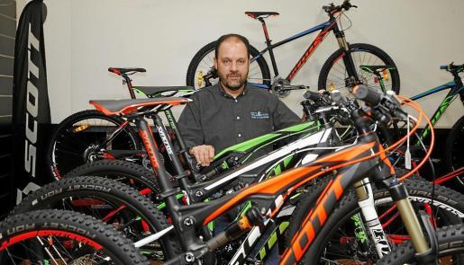 Alfonso Pons es un experto de la bicicleta.