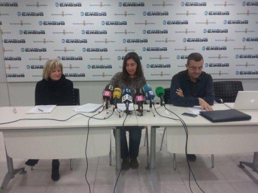 La presidenta de Emaya, Neus Truyol, durante la rueda de prensa que ha ofrecido la mañana de este viernes.