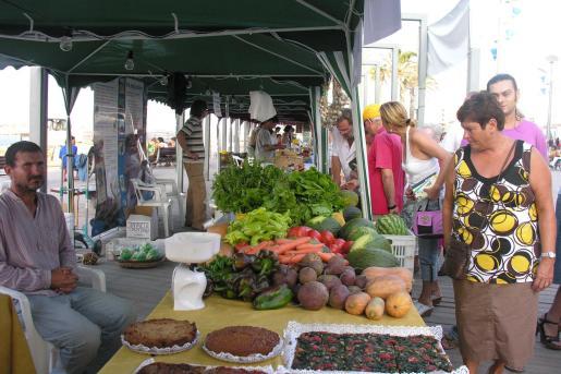 La Fira nocturna de Can Picafort está dedicada a los productos ecológicos.