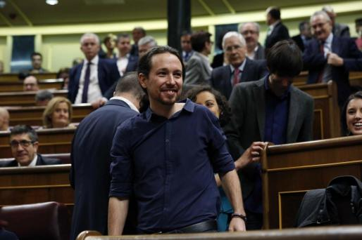 El líder de Podemos, Pablo Iglesias, a su llegada a la sesión constitutiva de la Cámara Baja que supone la apertura de la XI Legislatura.