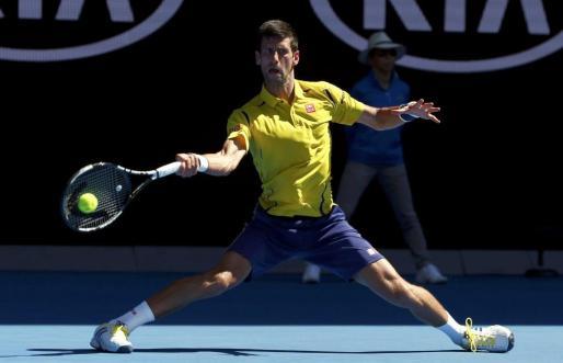 El tenista Novak Djokovic durante el partido en Melbourne.