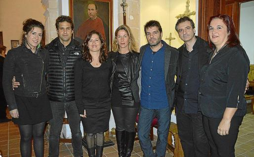 Esther Barceló, Guillem Ramon, Carol Domènech, Sofía Domènech, Santiago Francia, Joaquim Domènech y Begoña de la Iglesia.