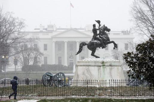 Una de las estampas más curiosas ha sido la nieve que ha cubierto la Casa Blanca.