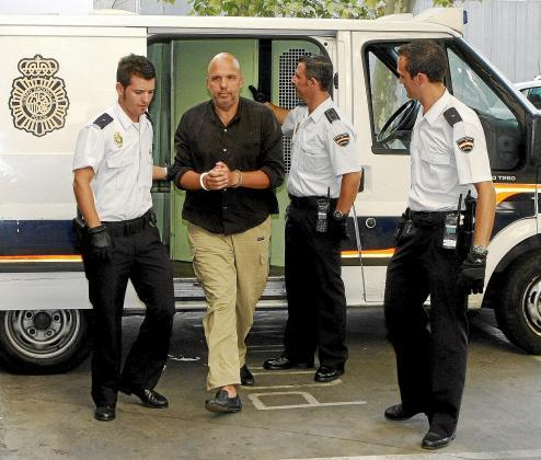 Jorge Moisés en el polémico pase a disposición judicial de hace un año.