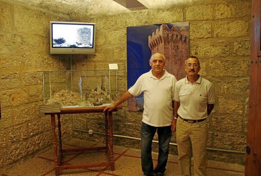 Pep Pons y Jaime Sastre en la sala 3B del Castillo de San Carlos.
