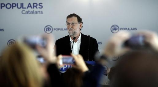 El presidente del Gobierno en funciones y líder del PP, Mariano Rajoy, durante su intervención en la junta directiva de los populares catalanes.