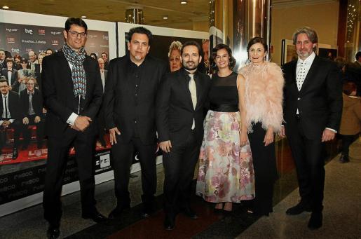 Jordi Calleja, Toni Bestard, Marcos Cabotá, Diana de la Cuadra, Paula Serra y Miquel Verd, este sábado en los Goya.