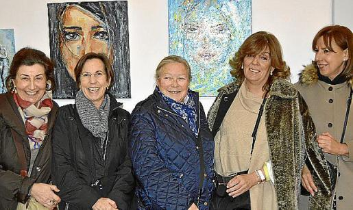 Marilén Medina, Montse Ferrer, Pachuca Forteza, Leonor Cañellas y Joana Mayol.