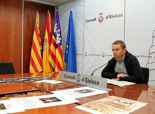 El conseller David Ribas durante su rueda de prensa.