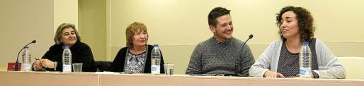 Esperança Camps, Antònia Vicens, Sebastià Portell y Maria Muntaner, este miércoles, durante la presentación.