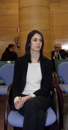 La portavoz del Ayuntamiento de Madrid, Rita Maestre, es juzgada por un presunto delito contra los sentimientos religiosos cometido al manifestarse con el torso descubierto en la capilla de la Complutense en 2011.