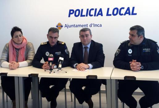 Antonia Triguero, Pep Cañete, Virgilio Moreno y Miquel Llabrés en rueda de prensa.