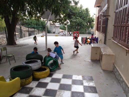 Imagen de archivo del actual centro escolar de Caimari.