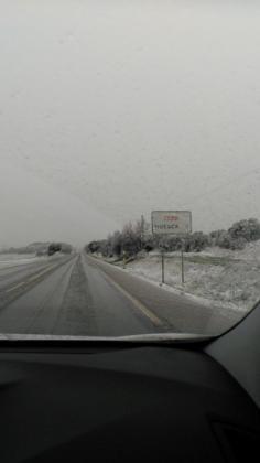 La carretera de acceso a Huesca mostraba esta estampa por la mañana.