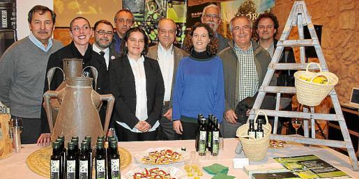 Josep Oliver, Lena Amengual, Cosme Bonet, Miquel Gual, Aina Mora, Tolo Oliver, Irene Cabrer, Mateu Ginard, Jaume Orell y Llorenç Mas.