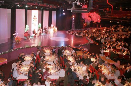 El lujo y el confort en el Gran Casino Mallorca se unen a la oportunidad de una noche con espectáculo.