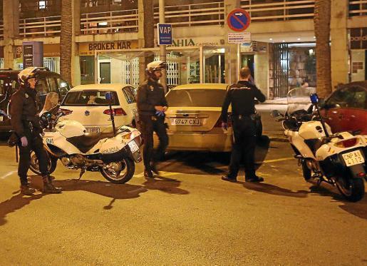 La policía realizó la investigación y detuvo al sospechoso de los robos.
