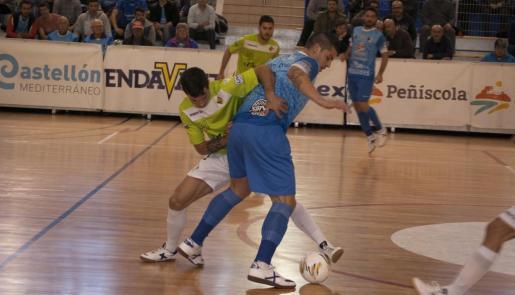 Un momento del partido disputado en Peñíscola.