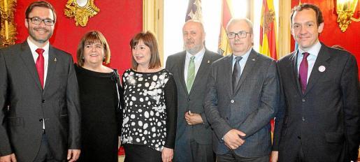 José Hila, Xelo Huertas, Francina Armengol, Miquel Ensenyat, Vicent Torres y Marc Pons.