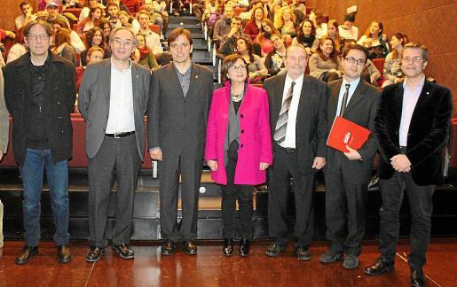 Carles Molinet, Martí March, Francesc Miralles, Joana María Seguí, Jaume Mascaró, Martí Fons y Juanjo Montaño.