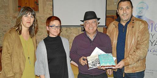 Carme Castells, Maria Coll, Felip Munar y Jeroni Salom.