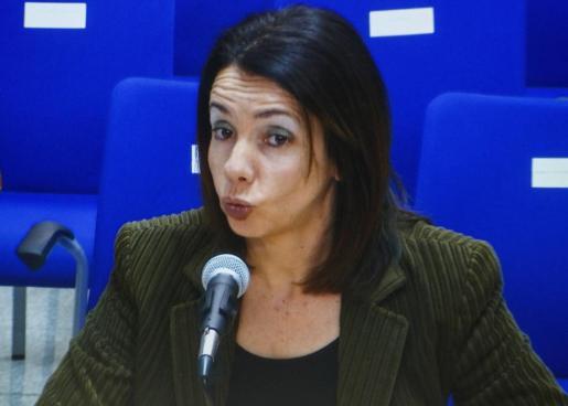 La exconseller balear de Presidencia y Deportes, Rosa Puig, durante su declaración en el juicio del caso Nóos.