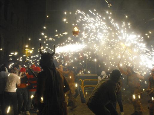 Los Esclatabutzes pondrán el punto final con su espectáculo de fuego el próximo día 24.