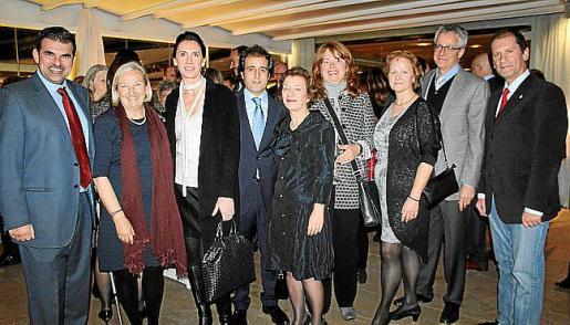 Carlos Anglada, Sari Keinanen, Natalia Rigo, Pau Collado, Antonia Manera, Tanja Sweisie, Bente Halvorsen, Christian Neukom y Miguel Félix Chicón.