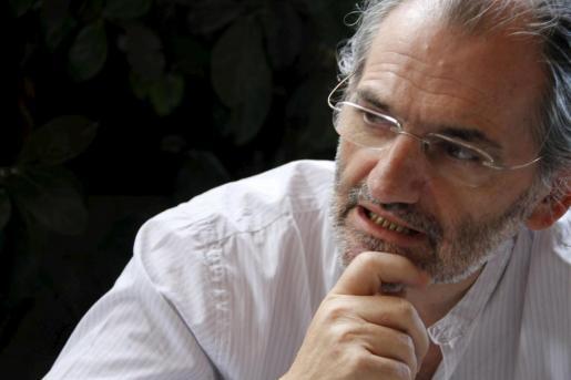 Jaume Mateu, escritor y presidente de la Obra Cultural Balear desde 2005.