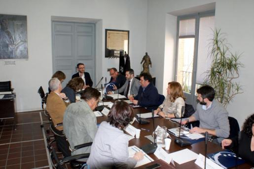 El alcalde de Palma, José Hila, ha presidido este jueves la constitución de la Comisión de Turismo de la Federación Española de Municipios y Provincias (FEMP).