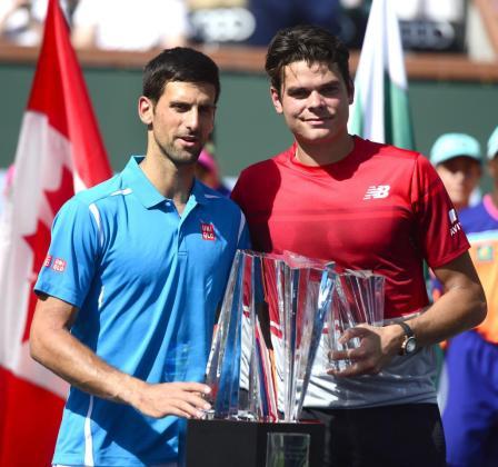 Novak Djokovic y Milos Raonic, tras la final de Indian Wells.