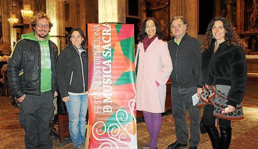Jaime Delgado, Eva Reina, Ivonne Frontela, Juan Martín-Montalvo, director del Festival; y Ana García.