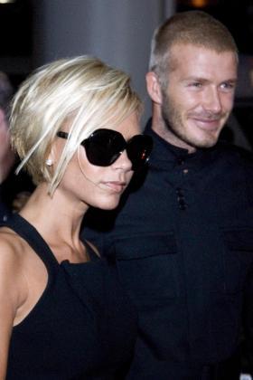 David y Victoria Beckham llegan al aeropuerto de Los Angeles, en una imagen de archivo.