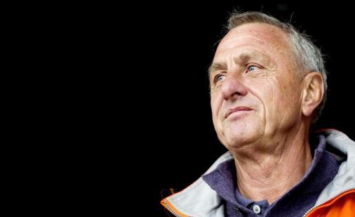 Fotografía de archivo (18/05/2013) del exentrenador del FC Barcelona Johan Cruyff.