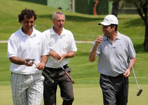 Miquel Àngel Nadal, Johan Cruyff y José María Olazábal, durante un torneo de golf en Son Servera.