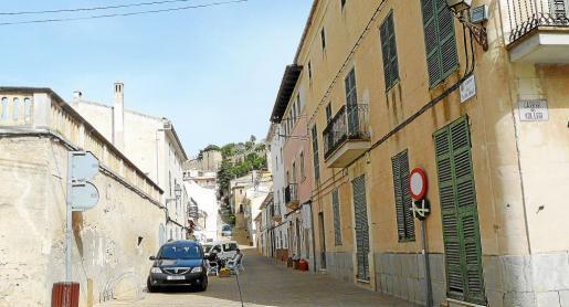 No se podrá aparcar en la zona Acire. La calle del Pla d'en Cosset es una de las zonas afectadas por la nueva normativa.